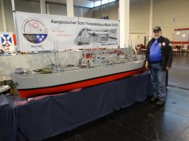 Rolf Haldemann mit SS Jeremiah O'Brien an der Faszination Modellbau Friedrichshafen November 2013